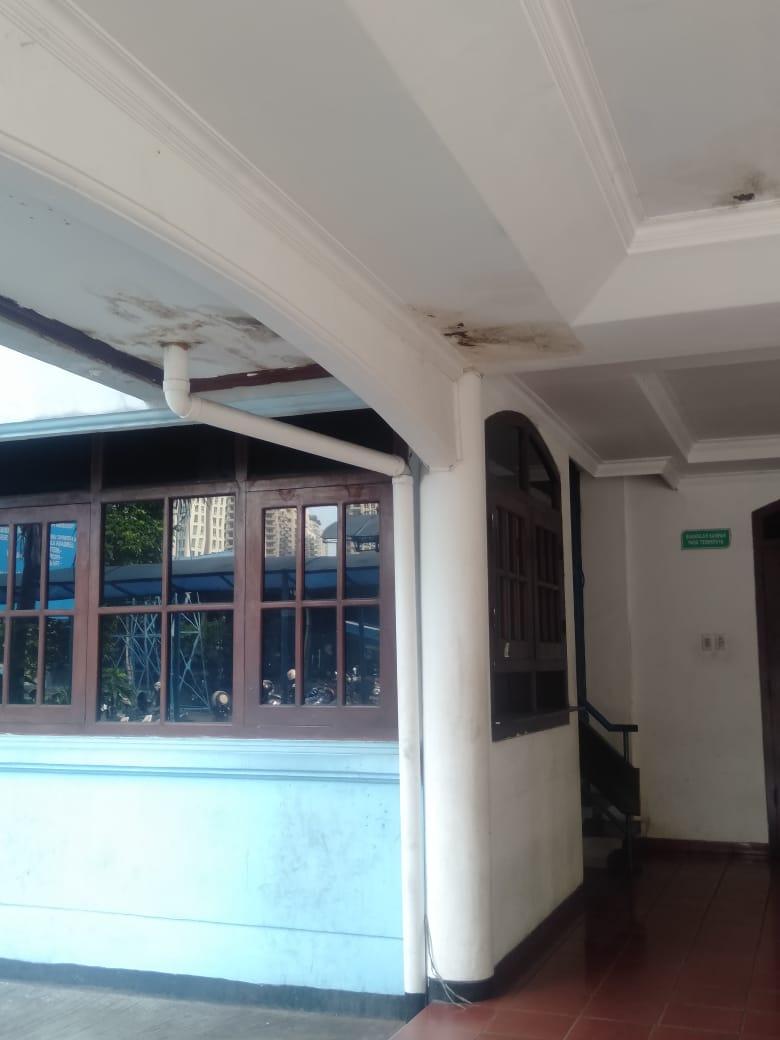 Atap Rumah Anda Bocor